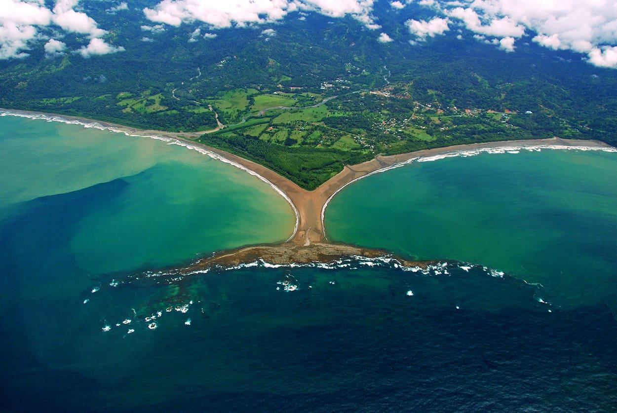 Punta Ballena, Costa Pacífica, Costa Rica.